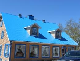 Réfection d'une toiture de tôle - Jeff Tech Rimouski